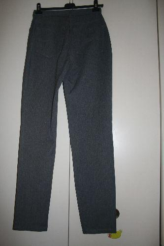 Forum Dukan : derriere du pantalon classique gris foundamentals