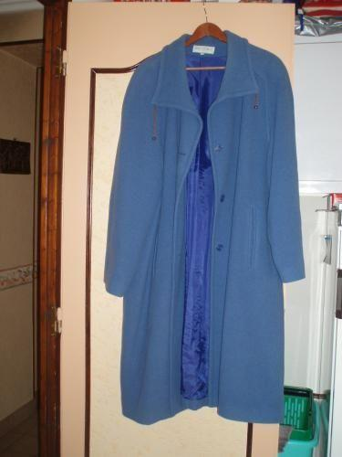 Forum Dukan : manteau bleu taille grand 42 prix 20 euros tel 0553973057 mail nene maris orange fr