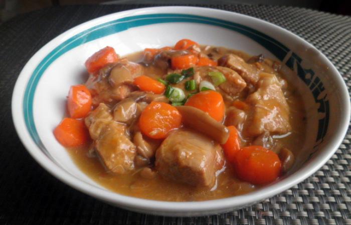 Blanquette de veau recette dukan pl par totum recettes - Cuisiner le collier de veau ...