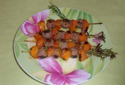 Photo Dukan Brochette de boeuf et abricots