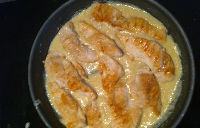 Blancs de poulet la cr me d 39 ail recette dukan pp par - Comment cuisiner les blancs de poulet ...