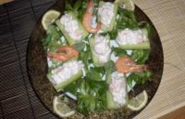 barquettes de concombre farcie aux crevettes recette dukan pl par triplette51 recettes et. Black Bedroom Furniture Sets. Home Design Ideas