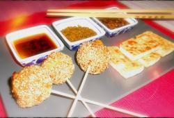 Photo Dukan Boulettes orientales fa�on lollipop, trio de sauces et tofu grill�