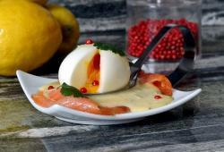 Photo Dukan Oeufs mollets au saumon fumé, sauce hollandaise